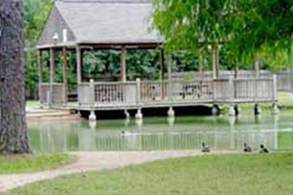 Lake Park Pavilion